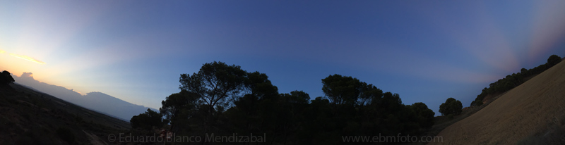 Rayos crepusculares y rayos anticrepusculares