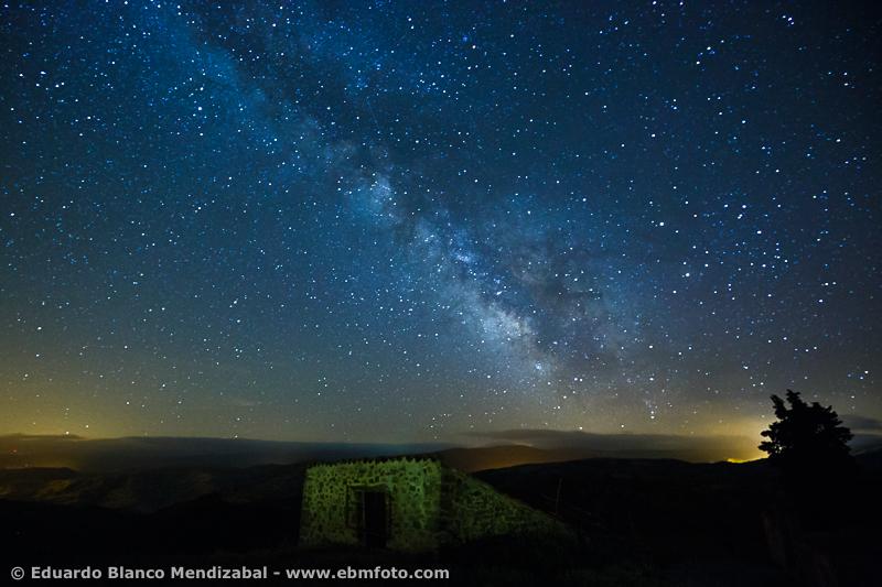 EBM-9743Fotografia Nocturna, Muro de Cameros, Via lactea