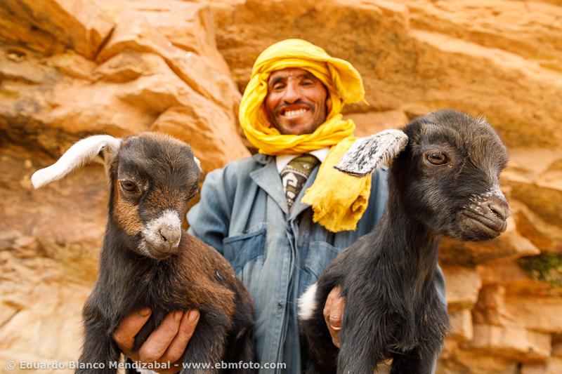 Cabras-Marruecos- pastor nómada